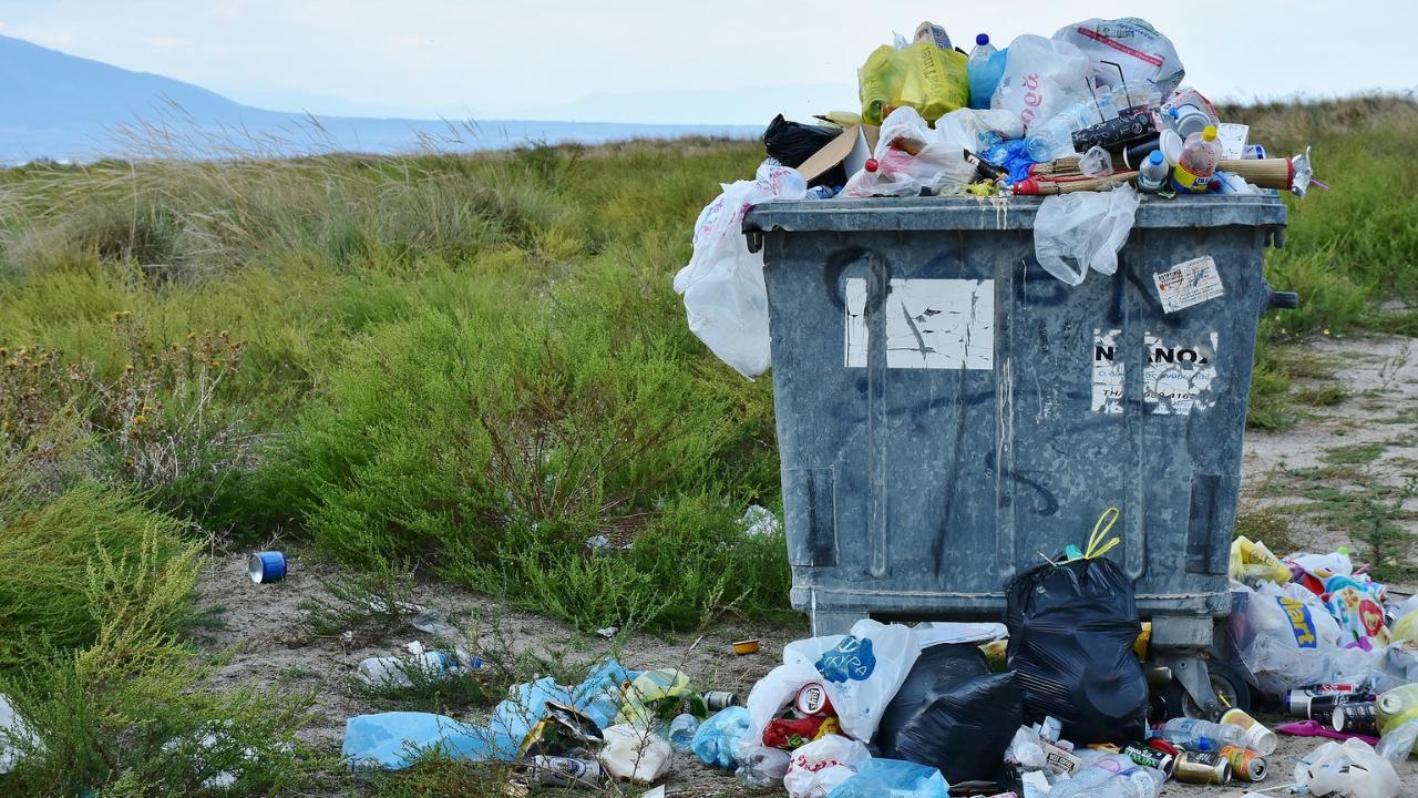 România, sufocată de gunoaie
